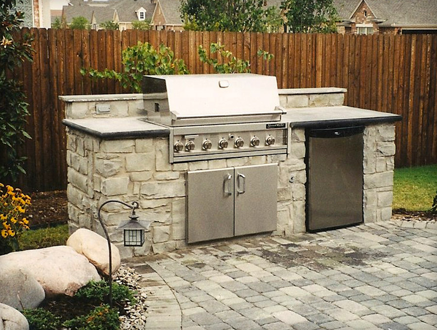 Outdoor kitchens for Outdoor kitchen cabinets